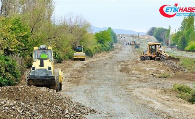 Azerbaycan'da işgalden kurtarılan Sugovuşan ve Talış köylerine yeni yol yapılıyor
