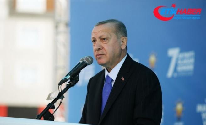 Cumhurbaşkanı Erdoğan: İzmir'de evleri yıkılan vatandaşlarımıza yenilerini yapıp teslim edeceğiz
