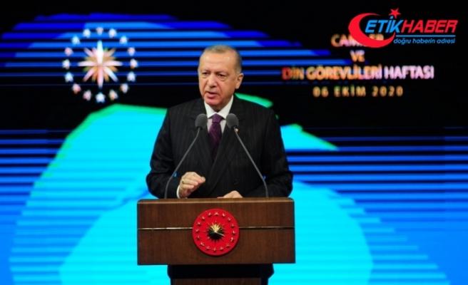 Cumhurbaşkanı Erdoğan: Macron'un İslam'ın yapılandırılmasından bahsetmesi hadsizliktir, edepsizliktir