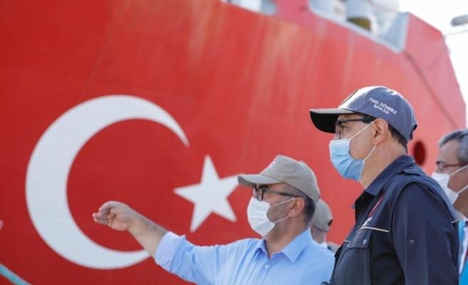 Bakan Dönmez: Oruç Reis Doğu Akdeniz'de faaliyet göstereceği bölgeye vardı