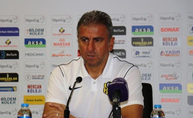 """Hamza Hamzaoğlu: """"Oyuncularımızın sahadaki performansı oldukça iyiydi"""""""