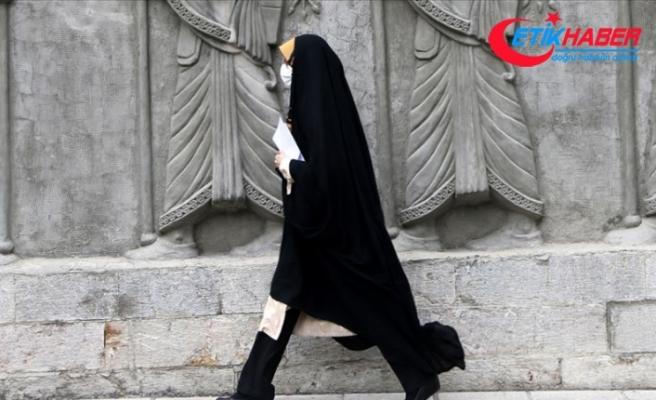 İran'da son 24 saatte 239 kişi Kovid-19'dan hayatını kaybetti