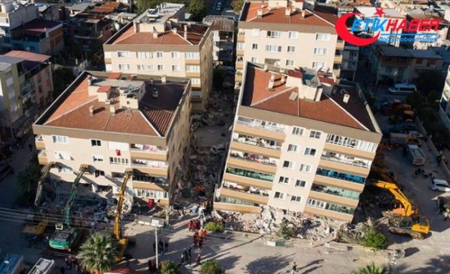İzmir'de ana şoktan sonra 484 artçı deprem kaydedildi
