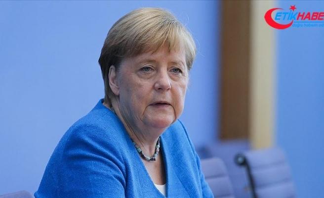 Merkel'den 'Dağlık Karabağ'da çatışmaların durdurulması' çağrısı