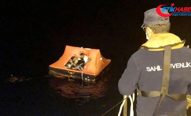 Muğla'da Türk kara sularına itilen 13 sığınmacı kurtarıldı
