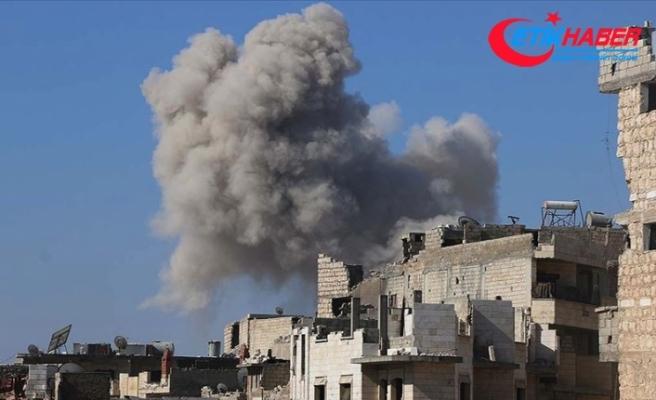 Rus savaş uçakları İdlib'de Suriye Milli Ordusu güçlerini vurdu: Çok sayıda asker hayatını kaybetti