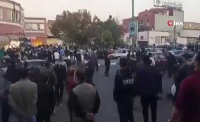 Tebriz'de Azerbaycan'a destek gösterisi