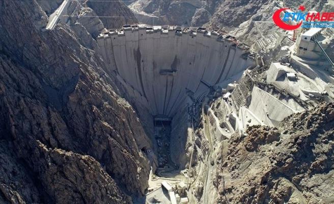 Türkiye'nin en yüksek barajında yüzde 87'lik fiziki gerçekleşme sağlandı