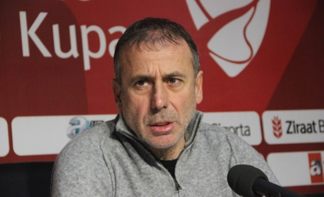 Trabzonspor'da Abdullah Avcı, takım savunması üzerinde duruyor