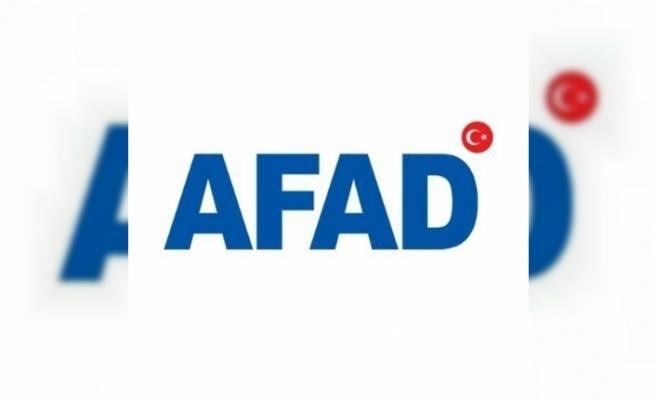"""AFAD: """"Arama ve kurtarma çalışmaları tamamlanarak enkaz kaldırma çalışması titizlikle sürüyor"""""""