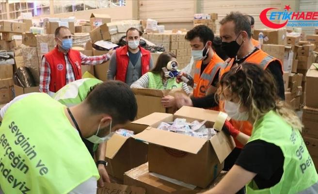'Ahbap'lar İzmirli depremzedelerin yardımına koştu