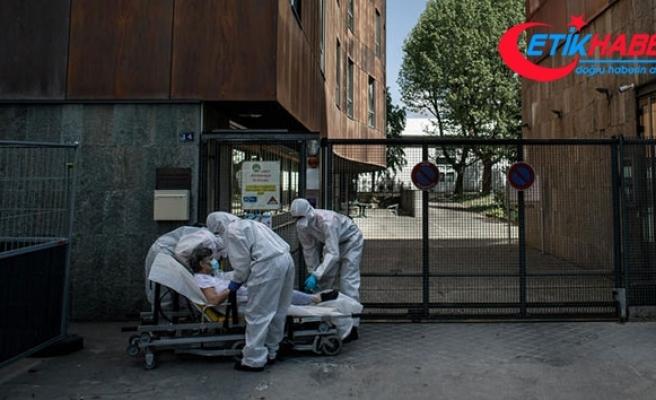 Almanya'da yoğun bakım hasta sayısı iki haftada üçe katlandı