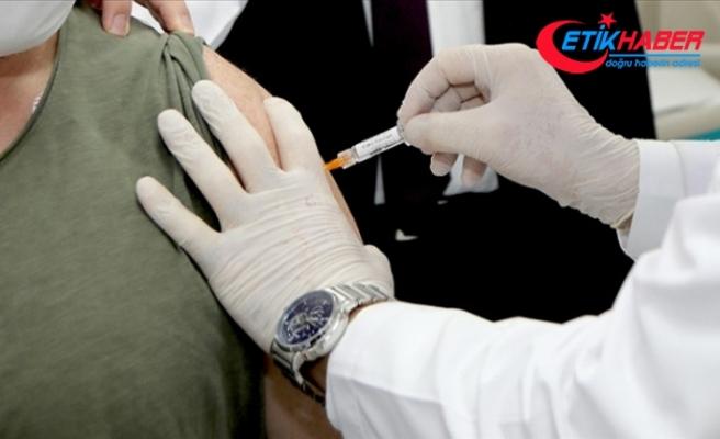 """BioNTech, Kovid-19 aşısı için Avrupa İlaç Ajansına """"koşullu onay"""" başvurusu yaptı"""