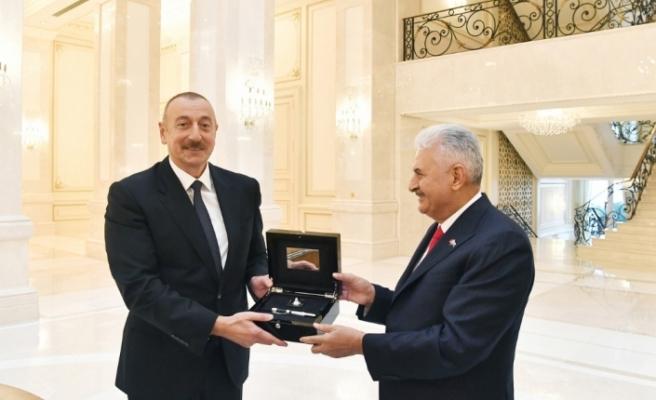 Azerbaycan Cumhurbaşkanı Aliyev, Binali Yılıdırım'ı kabul etti