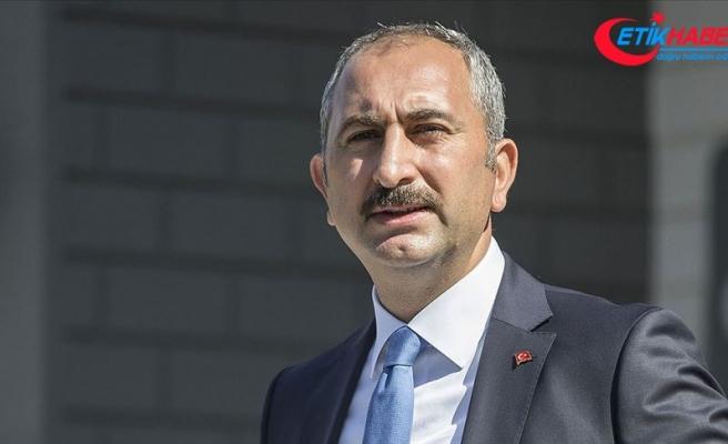 Bakan Gül: Cumhuriyet Başsavcılığımız depremden hemen sonra soruşturma başlattı