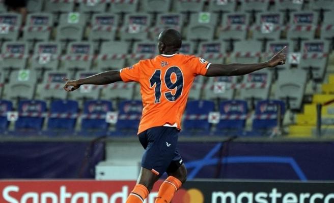 Başakşehir'in Şampiyonlar Ligi'ndeki ilk golü Demba Ba'dan