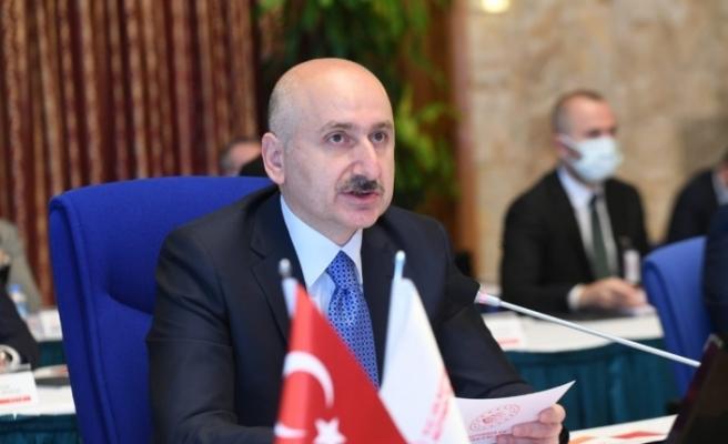 """""""Çin-Türkiye arasındaki 12 günlük seyir süresini 10 güne düşürmeyi hedefliyoruz"""""""