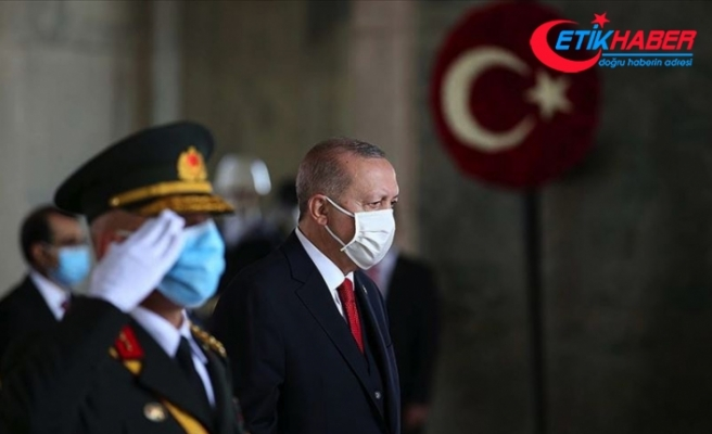 Erdoğan: Bizlere bağımsız bir ülke bırakan Atatürk ve kahraman silah arkadaşları, milletimizce hayırla yad edilecektir