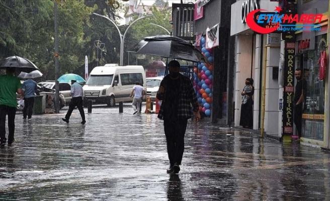 Doğu Karadeniz için şiddetli ve aşırı yağış uyarısı