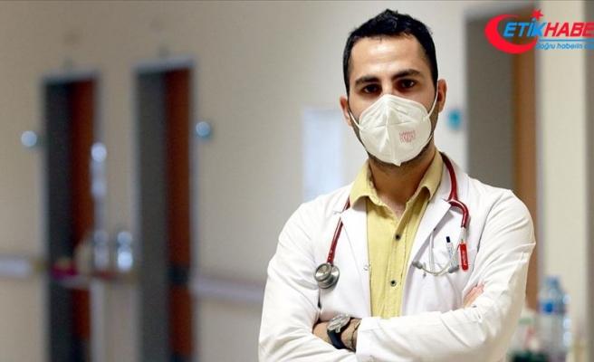 Dr. Bülent Akkurt: Maske takmayan birisini gördüğümüzde bu canımızı acıtıyor
