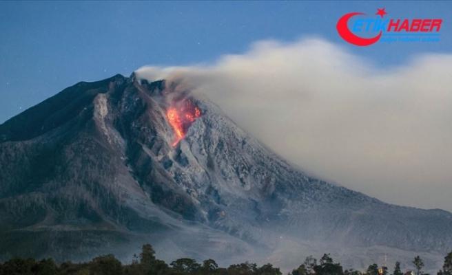 Endonezya'da Ili Lewotolok Yanardağı'nda patlama