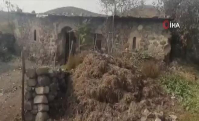 İşgalci Ermenistan Gubadlı'da tarihi camiyi domuz ahırına çevirmiş