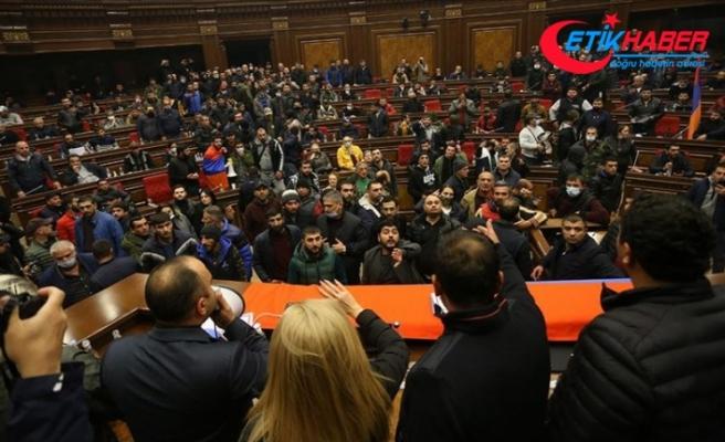 Ermenistan'da muhalif partiler Paşinyan karşıtı protesto düzenleyecek