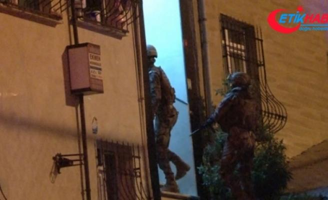 Esenyurt'ta hareketli dakikalar... Uyuşturucu operasyonunda polise ateş açan şüpheliler yakalandı