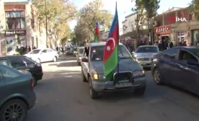 Gürcistan'da Şuşa'nın Ermenistan işgalinden kurtarılışı coşkuyla kutlandı
