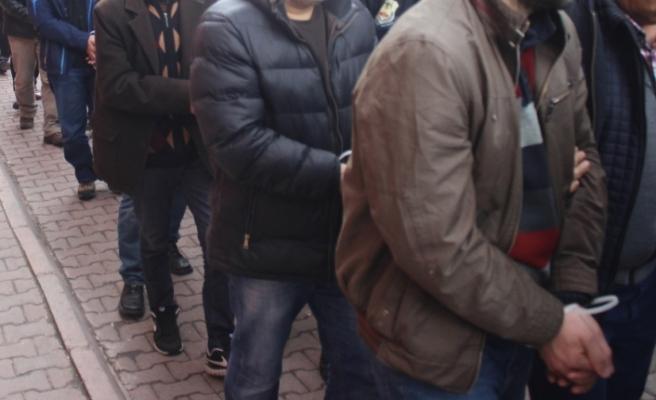 İstanbul merkezli 7 ilde FETÖ operasyonu: 'ByLock' kullanıcısı 19 kişi yakalandı