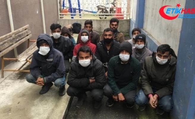 Kocaeli'de 12 düzensiz göçmen yakalandı