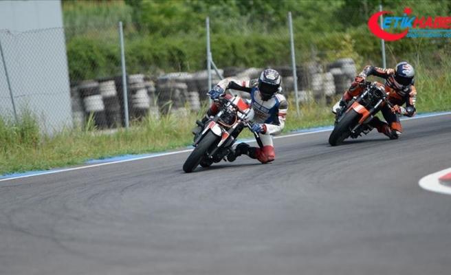 Milli motosikletçi Deniz Öncü, İspanya'da piste çıkacak