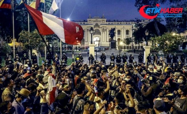 Peru'da bir hafta içinde 3. kez Devlet Başkanı değişti