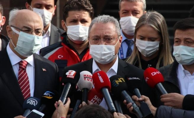 """Sağlık Bakanı Yardımcısı Güven: """"Enkazdan kurtarılan çocukların sağlık durumu iyi"""""""