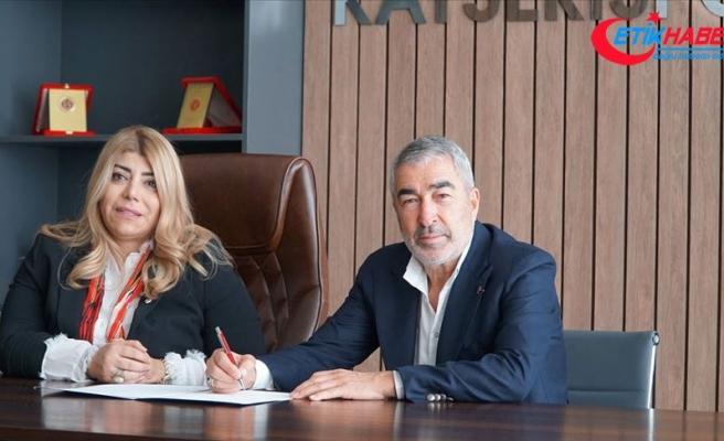 Teknik direktör Samet Aybaba, Kayserispor'la sözleşme imzaladı
