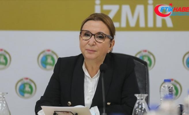 Ticaret Bakanı Pekcan: İzmir'imiz için el birliğiyle çalışmaya devam edeceğiz