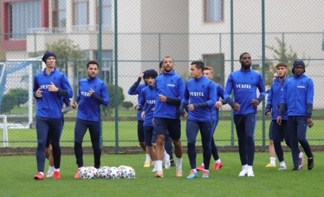 Trabzonspor, sahasında Büyükşehir Belediye Erzurumspor'la karşılaşacak