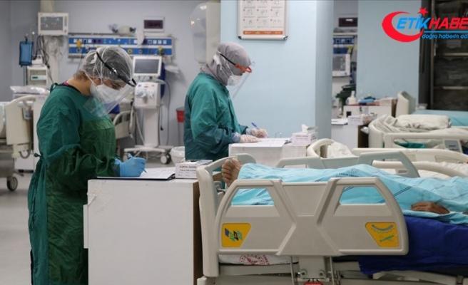Türkiye'de son 24 saatte 30 bin 110 kişinin Kovid-19 testi pozitif çıktı, 190 kişi hayatını kaybetti