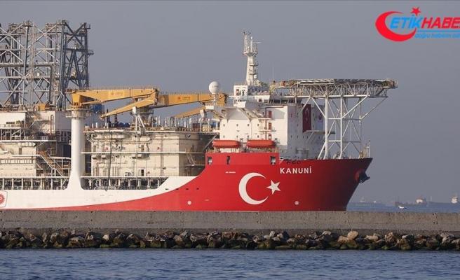 Türkiye'nin 3. sondaj gemisi Kanuni Karadeniz'e uğurlandı