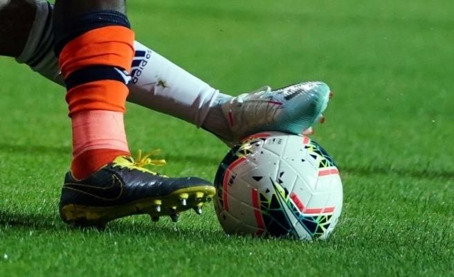 Başakşehir'de 1 futbolcunun koron virüs testi pozitif çıktı