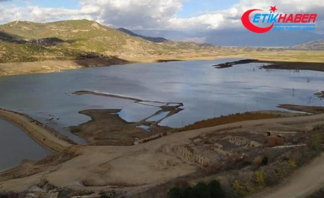 Beydağ Barajı ve Gölcük'te su seviyesi en alt düzeyde