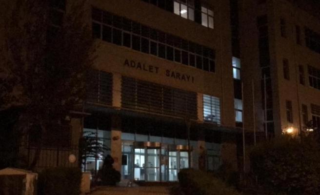 Ceyhan'daki rüşvet operasyonunda eski başkan dahil 5 kişi tutuklandı