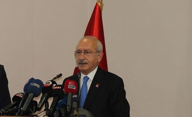 CHP Genel Başkanı Kılıçdaroğlu muhtarlarla görüştü