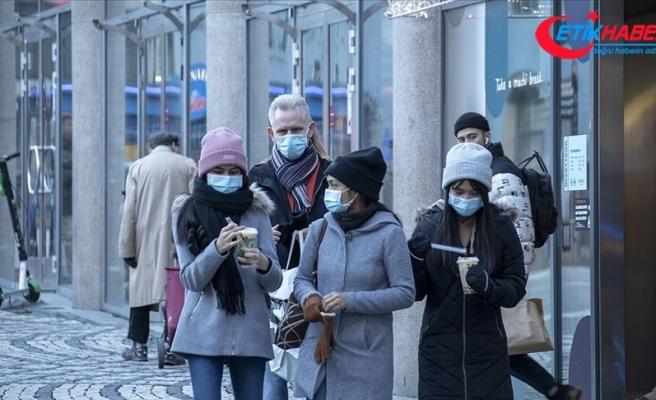 Dünya genelinde Kovid-19 tespit edilen kişi sayısı 81 milyon 673 bini geçti