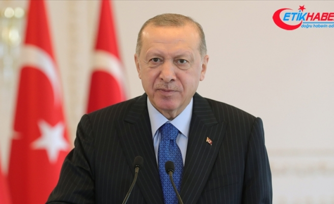 Erdoğan: Mehmet Akif'in vatan tutkusunu tasvir ettiği eserleri, milli şuurun beslendiği önemli kaynaklarımızdandır