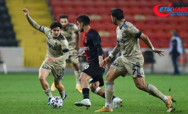 Fenerbahçe'nin deplasmandaki galibiyet serisine Gaziantep freni