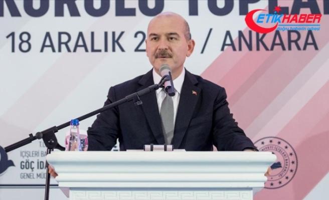 İçişleri Bakanı Soylu: 2020'de yakalanan düzensiz göçmen sayısı şu ana kadar 113 bin 865 oldu