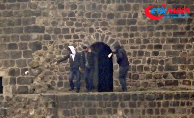 Korona virüsü unutup surlarda halay çektiler, mendil düşünce halaya son verdiler