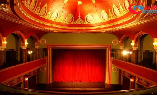 Kültür ve Turizm Bakanlığı özel tiyatrolar için 'Dijital Tiyatro' projesini başlattı