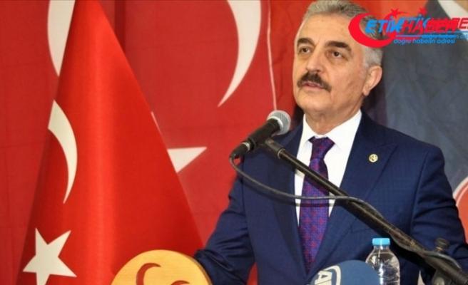 MHP'li Büyükataman: Davutoğlu'nun beynine ve gönlüne Türklüğü bir operasyonla dahi sokma ihtimali yoktur